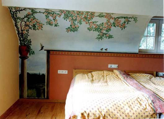 Muurschilderingen Slaapkamer : muurschildering van rozelaar in de ...